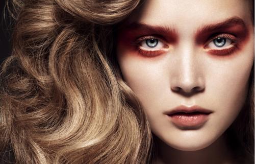 red-eyes-makeup